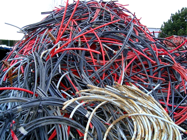 Droid INSULATED COPPER WIRE SCRAP Shall Consist Of No 2 Copper Wire See Birch With Various Types Insulation To Be Sold On A Sample Or Recovery Basis